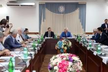 30 июня сотрудники НИИ Управления, экономики, политики и социологии Дагестанского государственного университета народного хозяйства приняли участие в работе стратегической сессии по развитию транспортно-логистического комплекса Республики Дагестан.